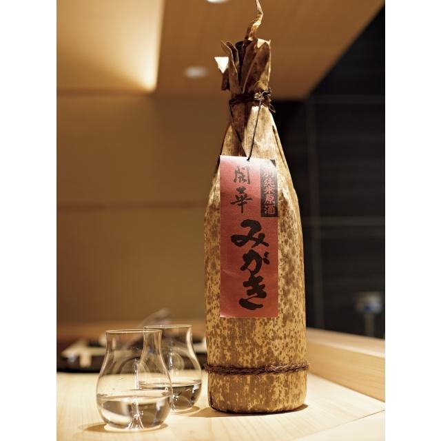 五月女さんの出身地、栃木県佐野市の第一酒造の特別純米原酒「みがき」。ふくよかな香りとまろやかな味わい