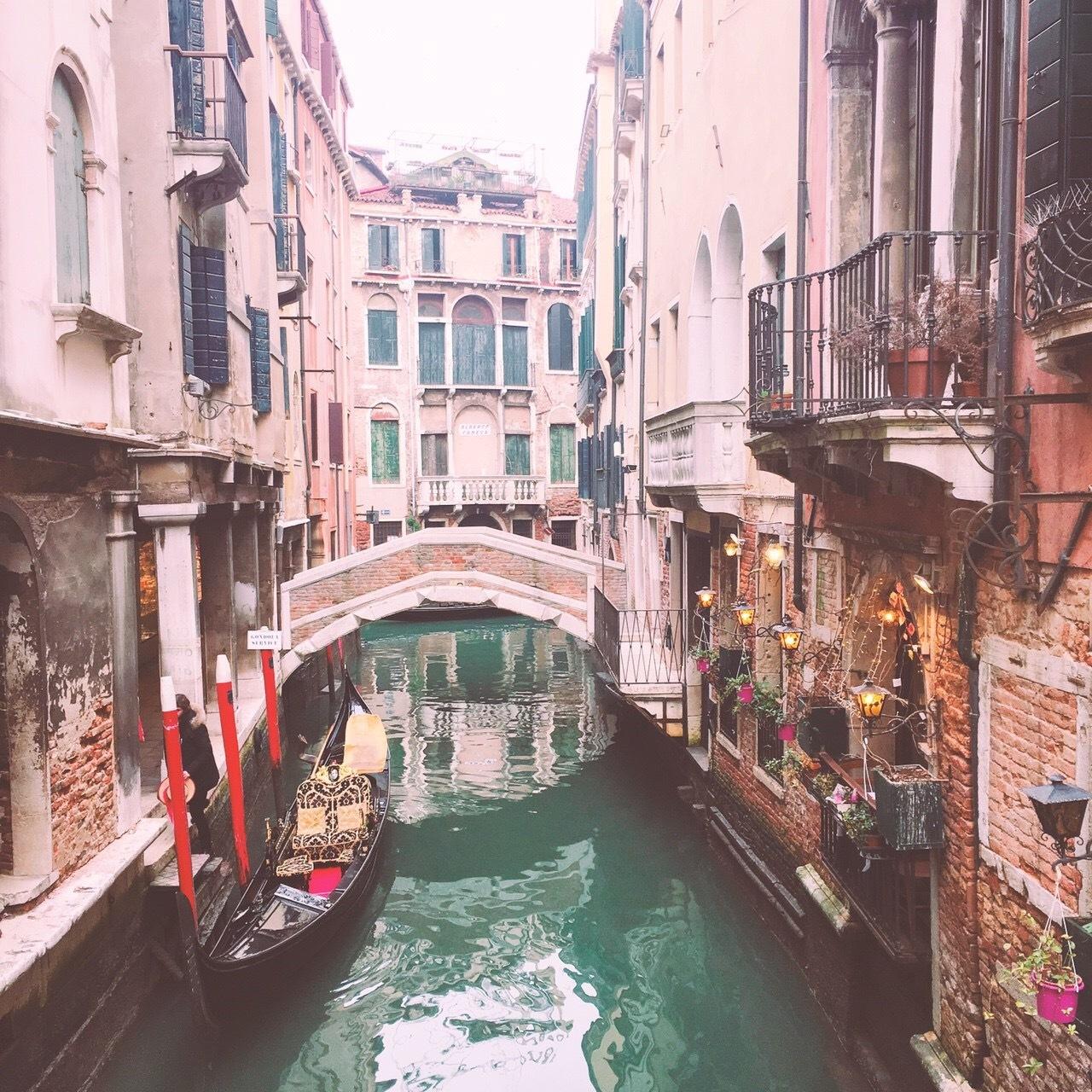 ロマンチックなイタリア旅行 --水の都【ベネチア】を観光--_1_1-2