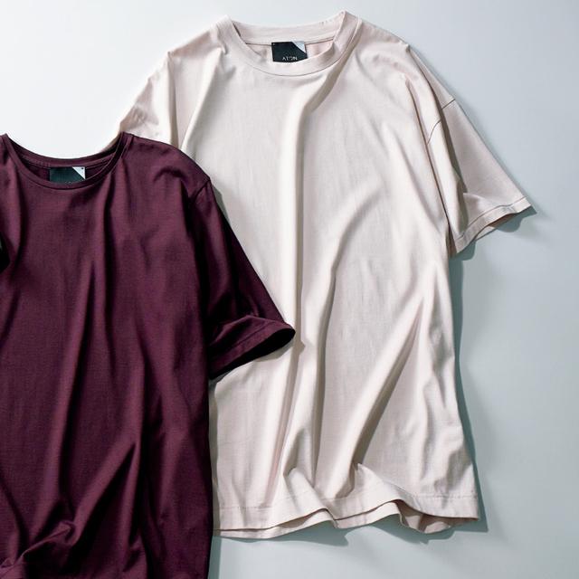 エイトンのピンクTシャツ