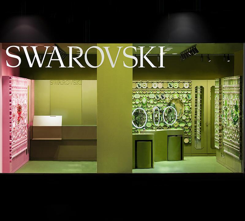 スワロフスキー新宿店