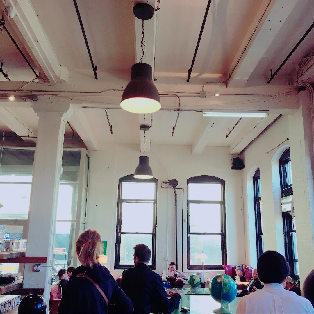 ブルックリン地区のコーヒー屋さん_1_1-3