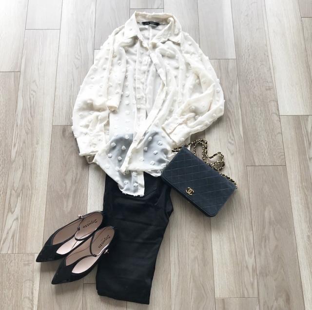 少ない服で毎日のスタイルを楽しむ【40代 私のクローゼット】_1_8