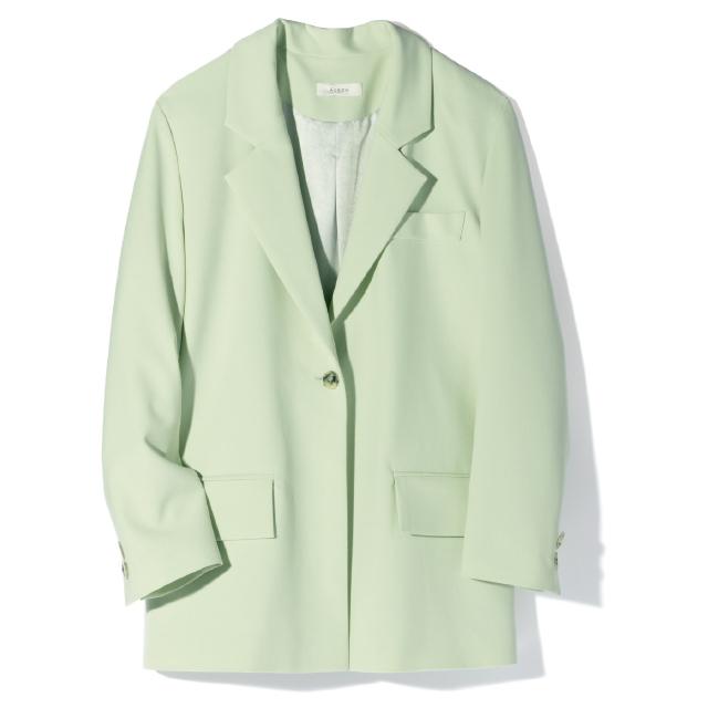 エアロンのミントグリーンのテーラードジャケット