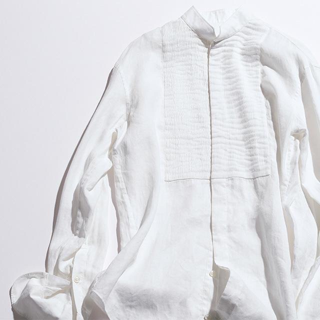 シャツ¥54,000/ドゥロワー 青山店(ブリエンヌ)