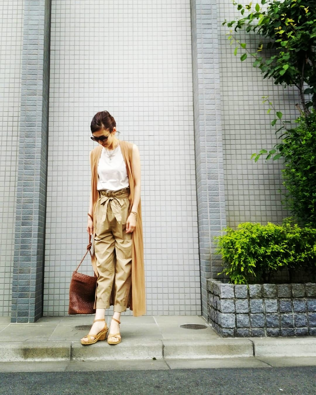 T-shirt:UNIQLO / pants:ZARA / gilet:GALERIE VIE / shoes:Calzanor