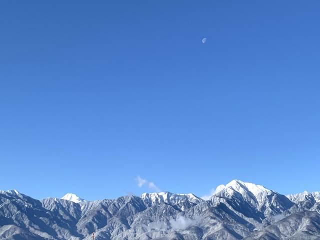 「サステナ*ブルー*へようこそ」春を迎える山は生命がみなぎっている!_1_3