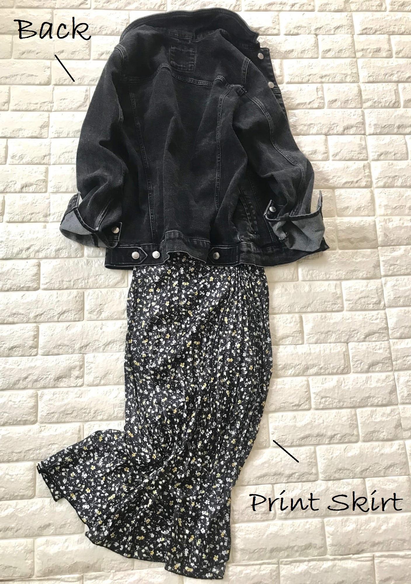 ザラメンズのデニムジャケットを羽織った画像