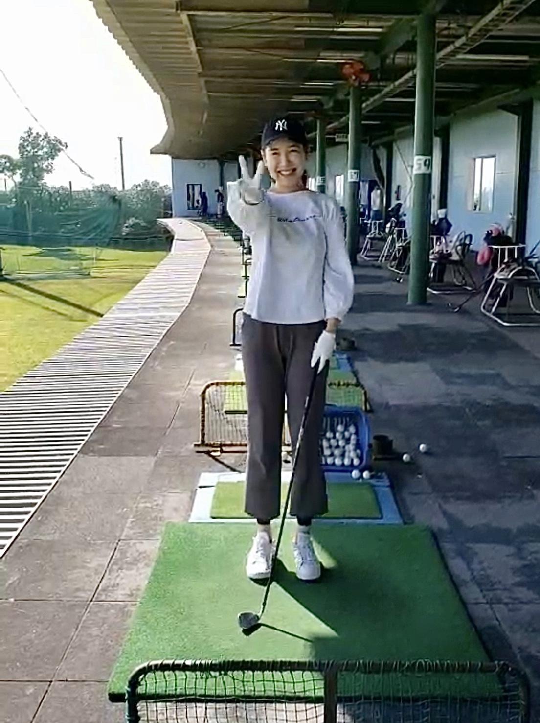 【ゴルフ】桃子、ついにゴルフ女子に!!_1_3