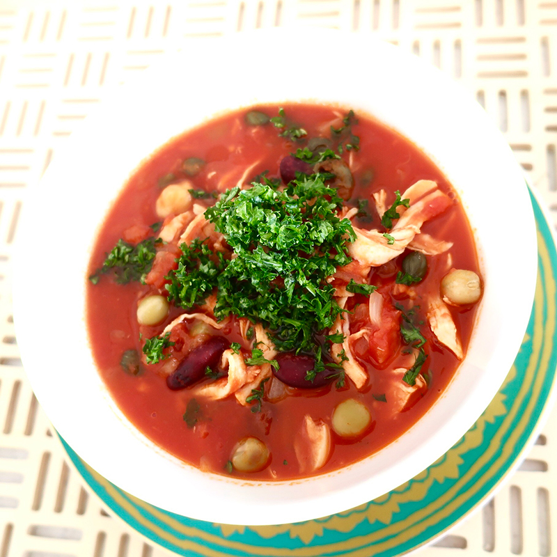 タンパク質もたっぷり!爽やかな酸味のサワートマトスープ