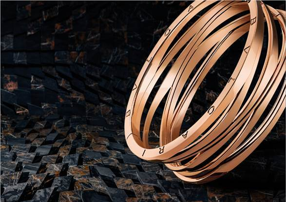 ザハ・ハディッドが手がけたブルガリの「ビー・ゼロワン デザイン レジェンド」にブレスレットが登場。_1_1
