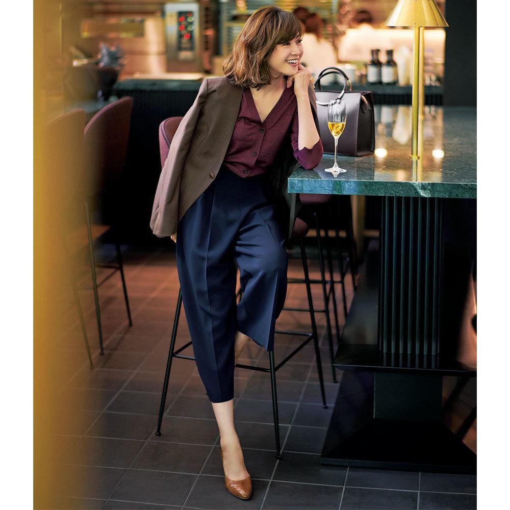ブラウンジャケット×ワイドパンツのファッションコーデ