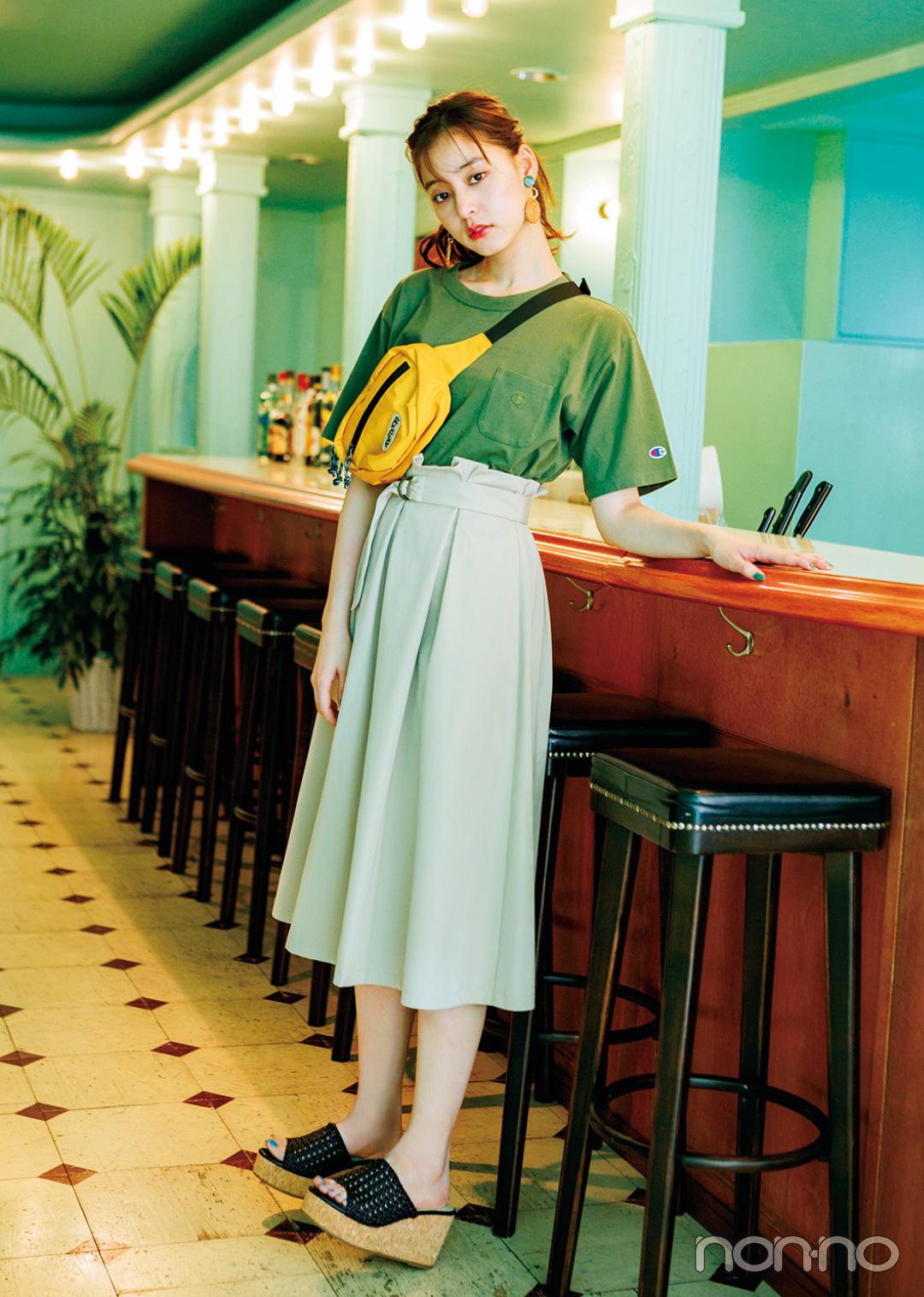 Tシャツ×Aラインスカートの組み合わせ、細見えに効果アリって知ってた?_1_3-2