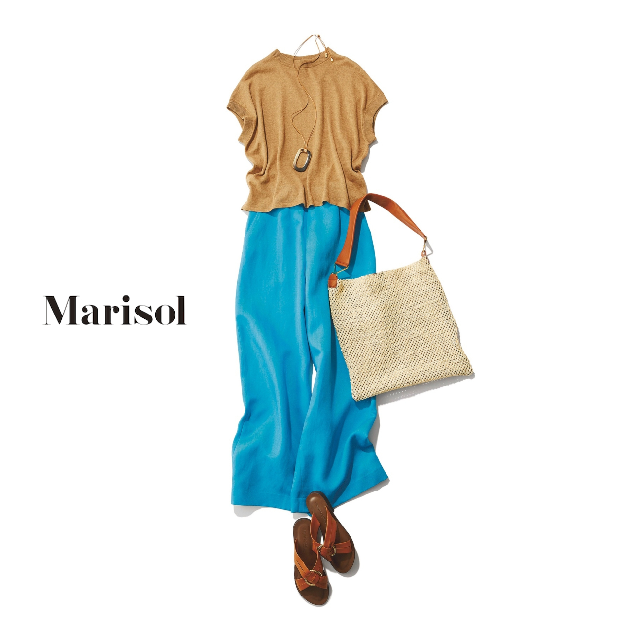 40代ファッションキャメルベージュニット×コバルトブルーワイドパンツコーデ