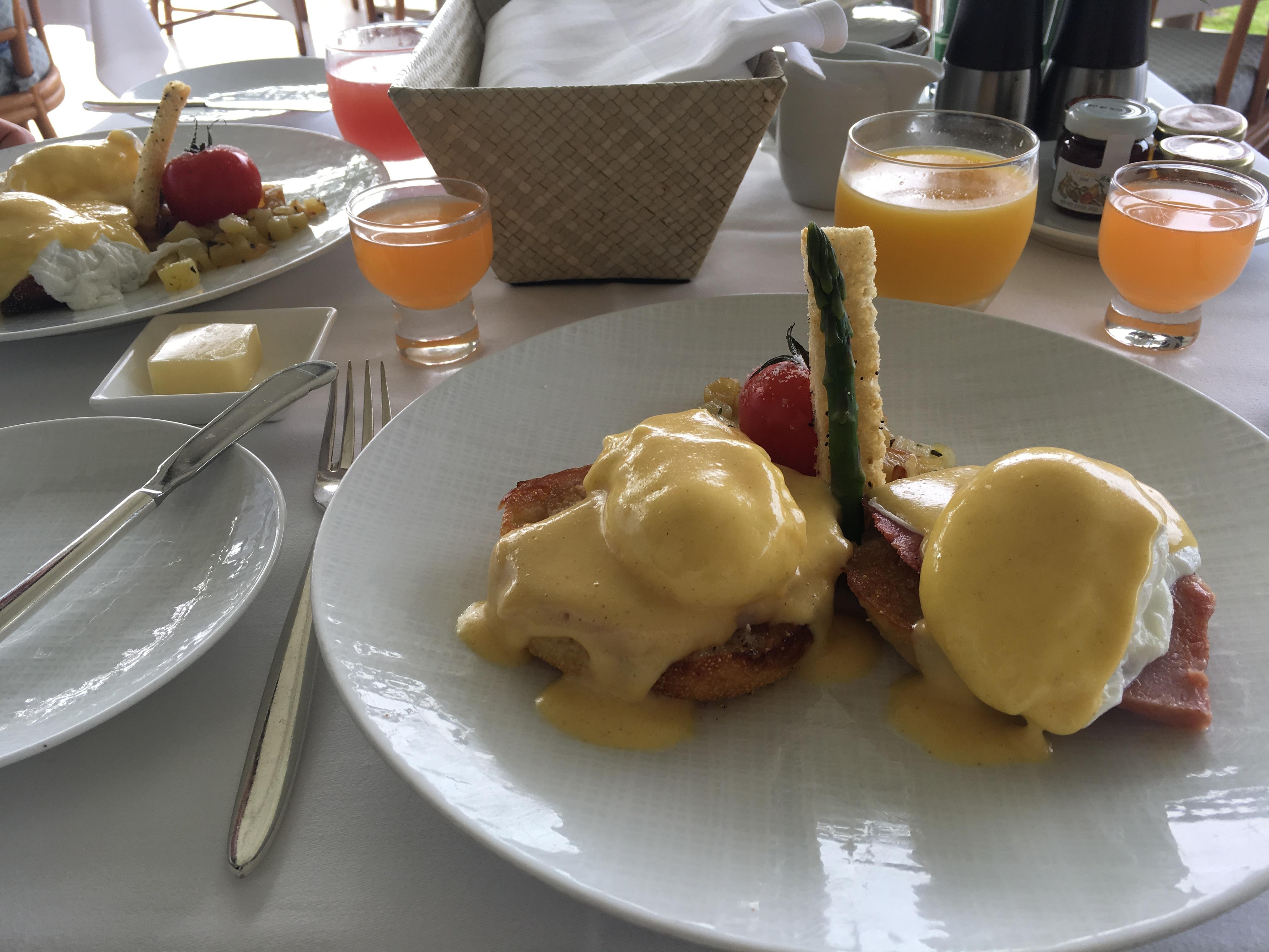 ハワイ 五つ星ホテル ハレクラニで朝食_1_3