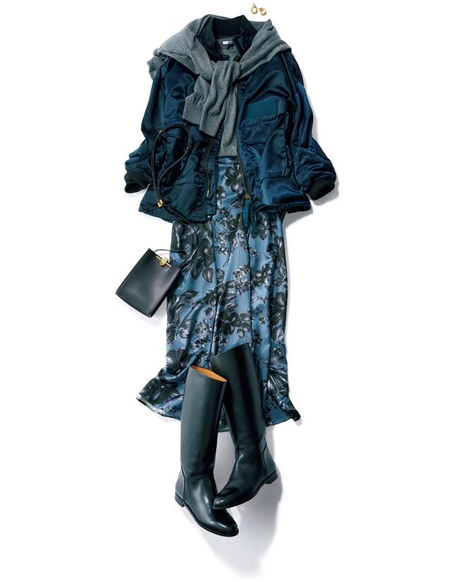 エレガントな花柄の光沢スカートとMA-1風ジャケットのコーデ