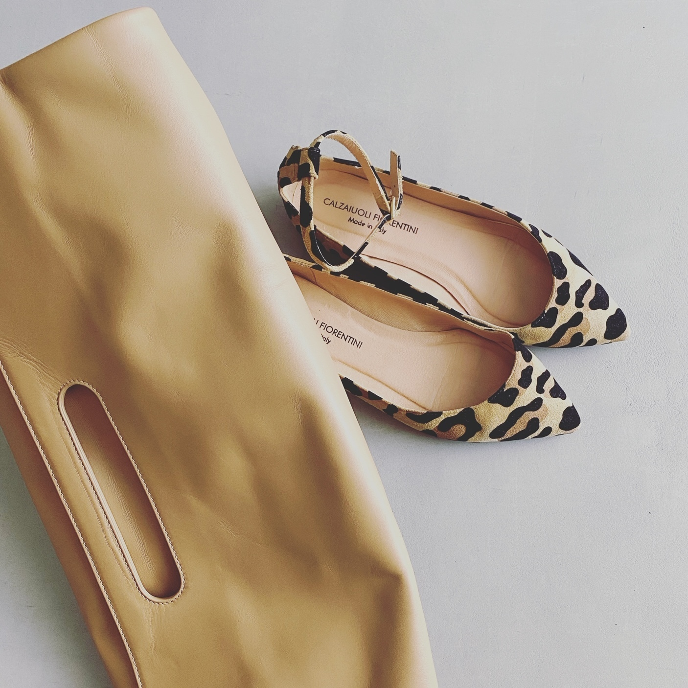 【2020年秋の小物トレンド】コーデの鮮度をUPする靴とバッグ、顔周りに華を添えるアクセを総まとめ!_1_11