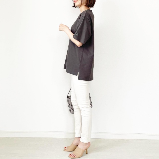 この夏の大本命!プチプラ刺繍ロゴTシャツ【tomomiyuコーデ】_1_9