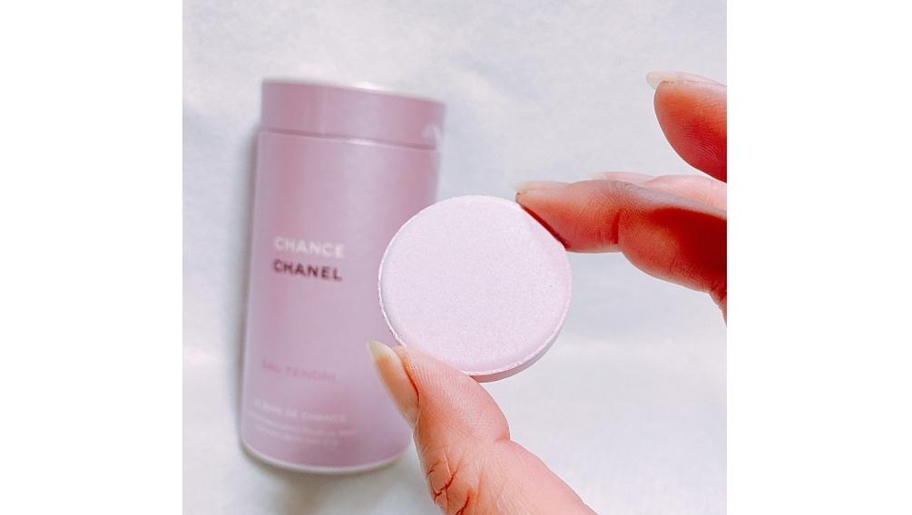 CHANELのチャンスオータンドゥルの限定品のバスタブレットはコンパクトサイズ