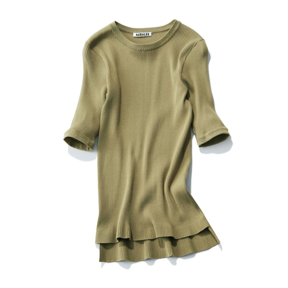 スモーキカラーがしゃれ感を発揮。スカートに合う「カラーTシャツ」_1_1-3