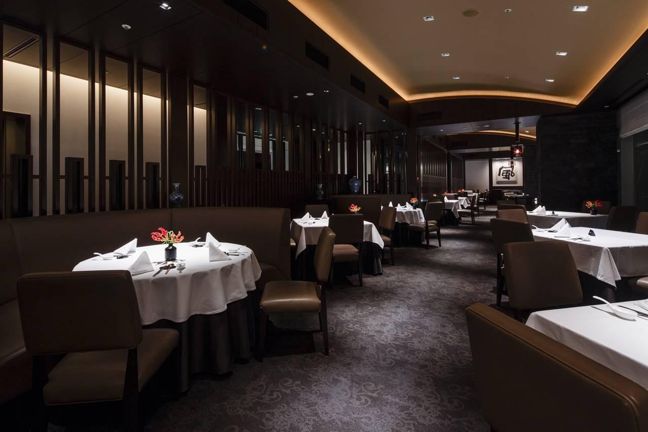 「ザ・キャピトルホテル 東急」中国料理「星ヶ岡」店内奥