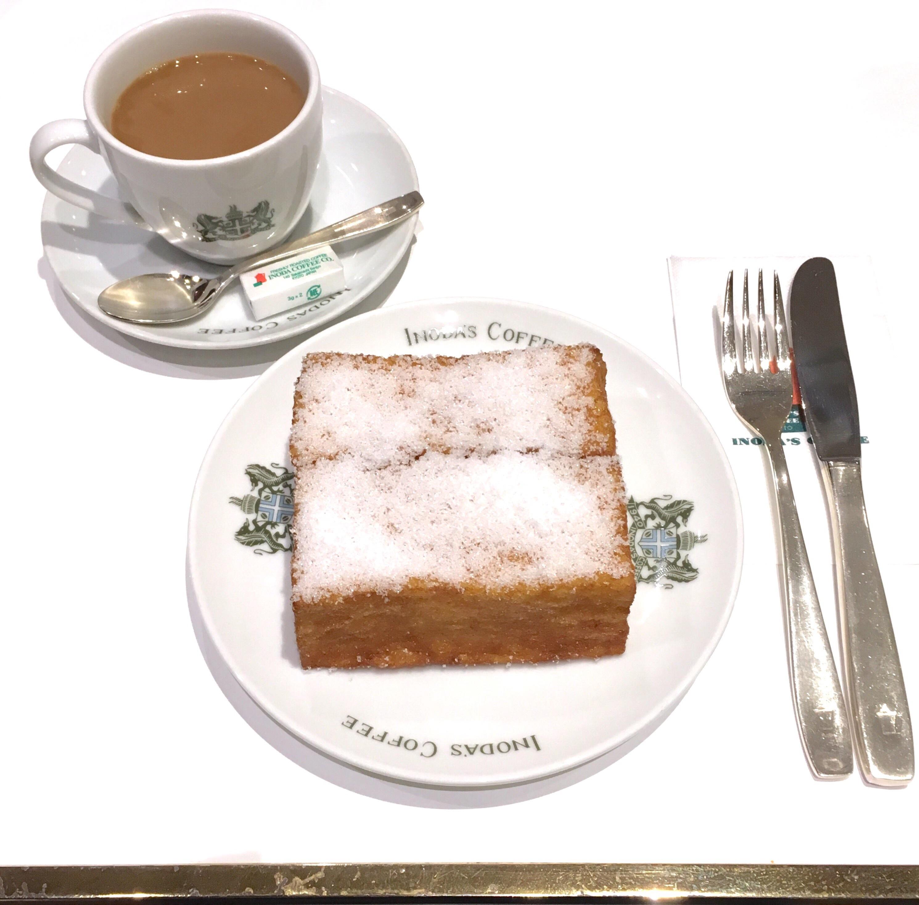 老舗喫茶店のフレンチトーストと、初雪。_1_1-1
