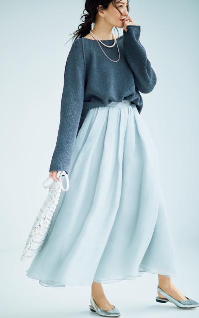 ドレス風のシルクシフォンスカートコーデのRINA
