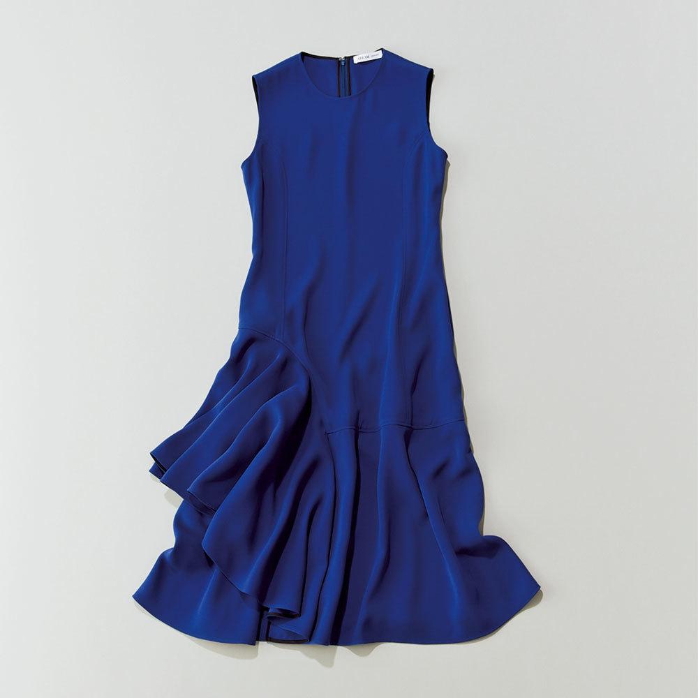 40代ファッション2019年夏のお仕事服_華やかワンピース