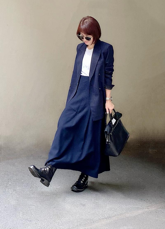 ZARAのジャケットにロングスカートを合わせて