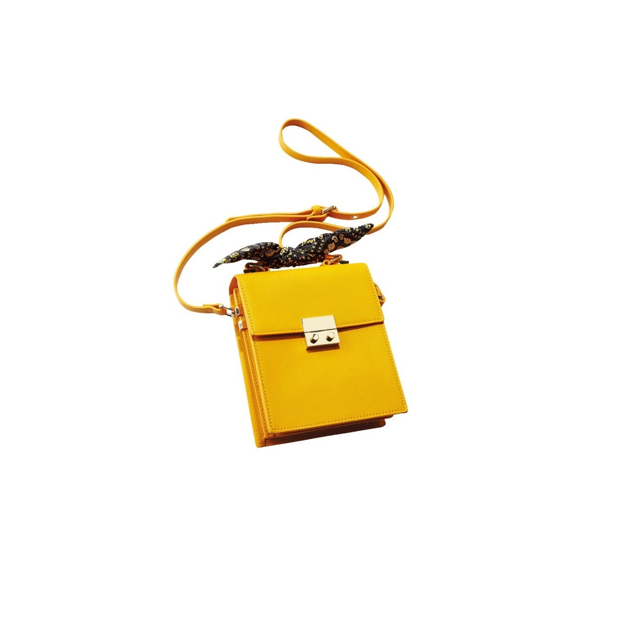 アラフォーが納得して着られるコスパブランド、ZARAのきれい色小物_1_1