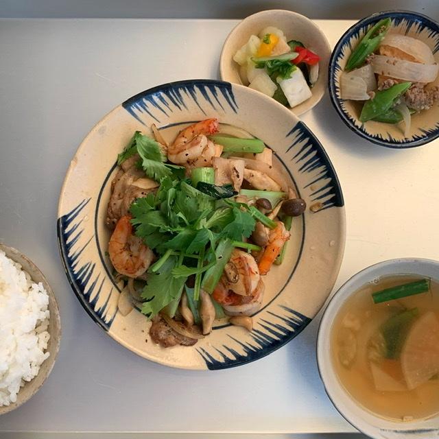 ビブグルマンのお店、富ヶ谷のヨヨナムはランチも美味しいベトナム料理を楽しめておすすめです。_1_2