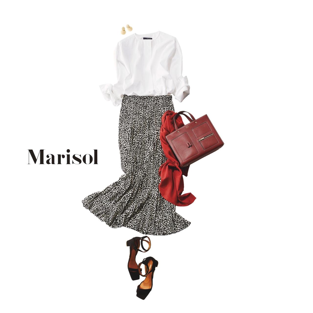 40代ファッション 白ブラウス×マキシスカートコーデ