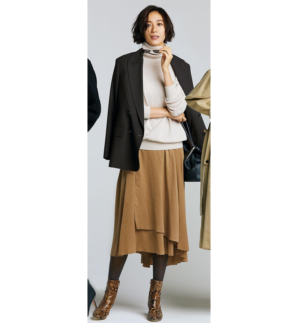 ジャケット×アシンメトリースカート×上品アニマル柄のショートブーツコーデ