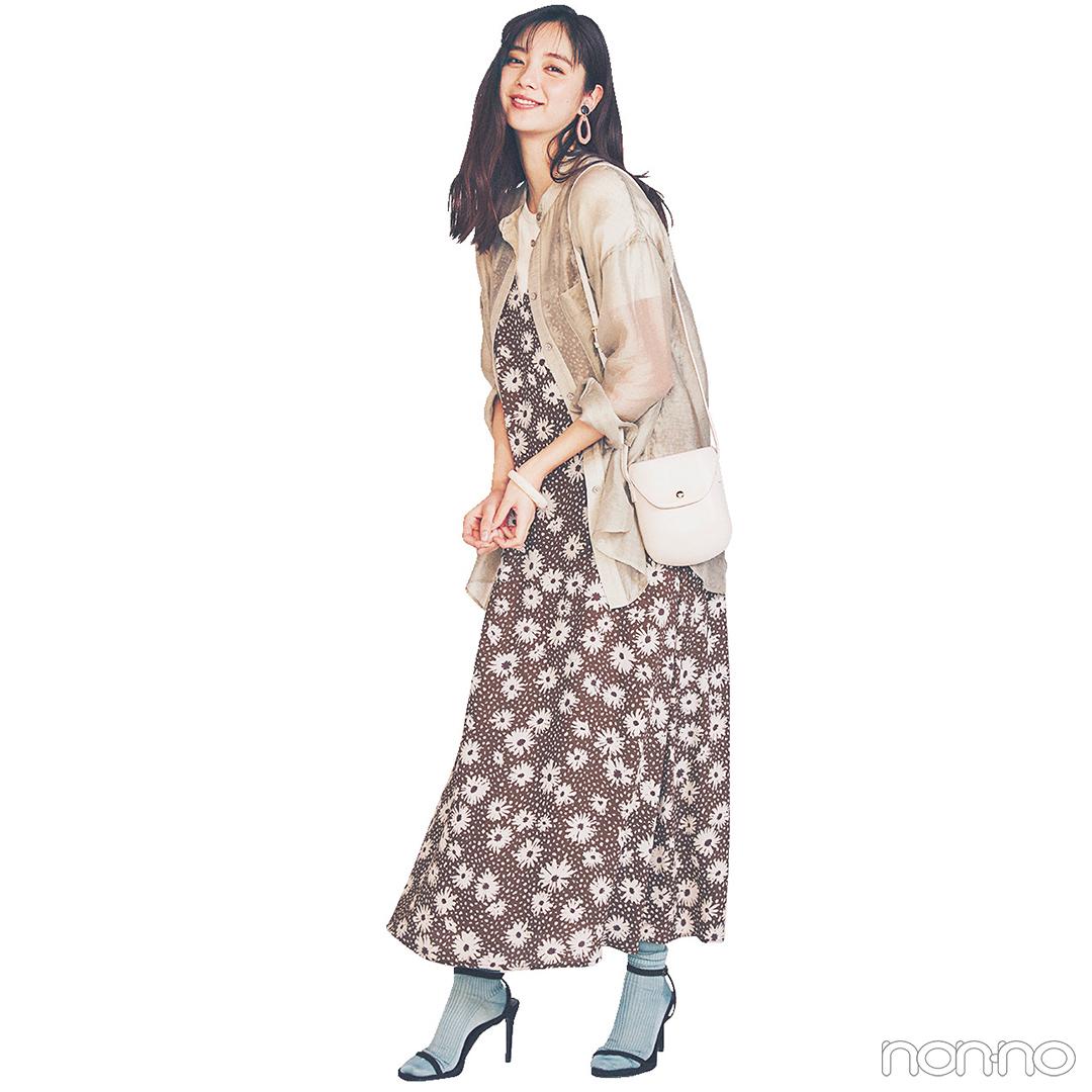 新川優愛はラベンダーの小花柄ワンピでおしゃれモチベアップ!【毎日コーデ】_1_2-2