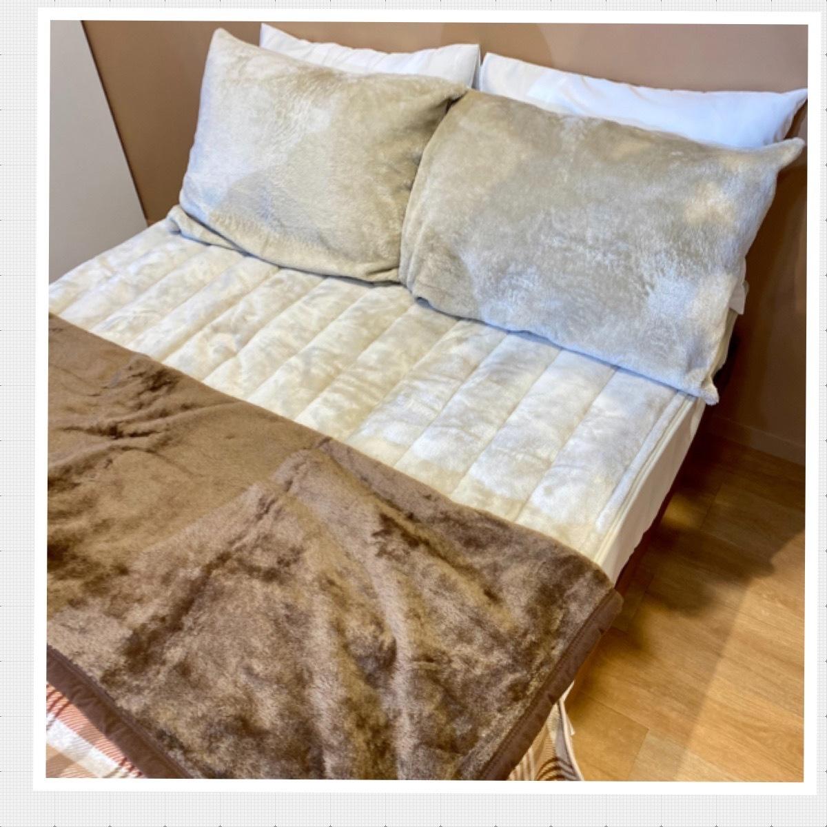 ユニクロ UNIQLO 2021 2022 秋冬 展示会 レポート 新作 おすすめ ヒートテック エアリズム 寝具 インテリア ベッド 毛布 敷きパッド 枕カバー