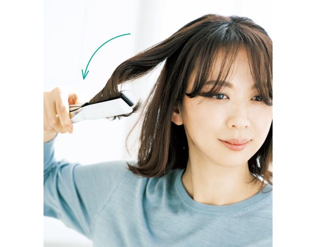《3》表面の髪は大きな内巻きに