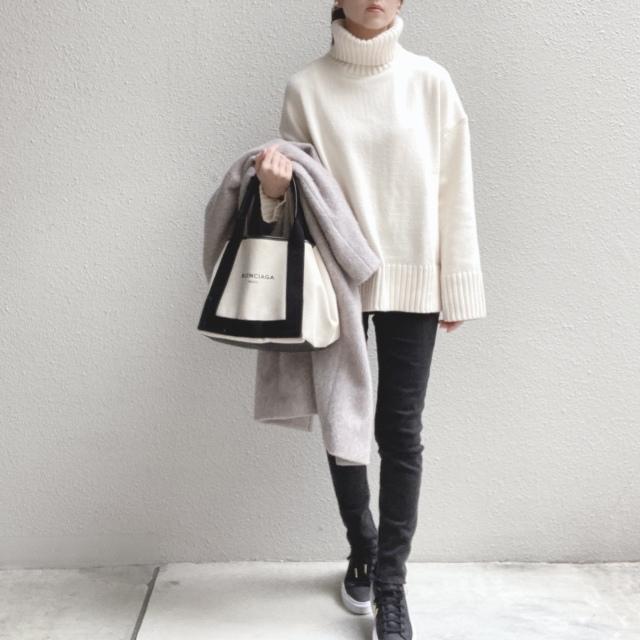 H&Mの タートルネックセーター,ZARA KIDSのブラックスーパーストレッチスキニーデニム