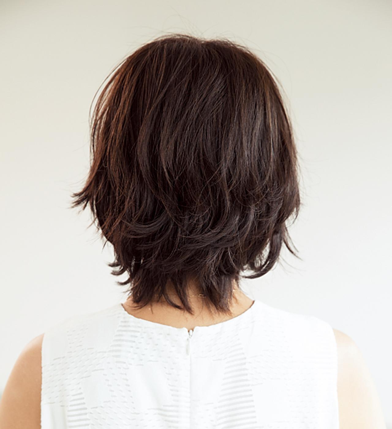 トレンドの「外ハネ」は 短めヘアが取り入れやすい【40代のボブヘア】_1_3
