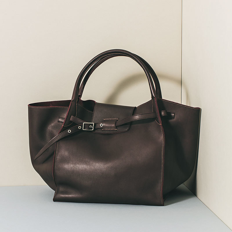 """シックな色合いのバッグをお探しのあなたへ。この秋のトップメゾン""""イットバッグ""""_1_1-4"""