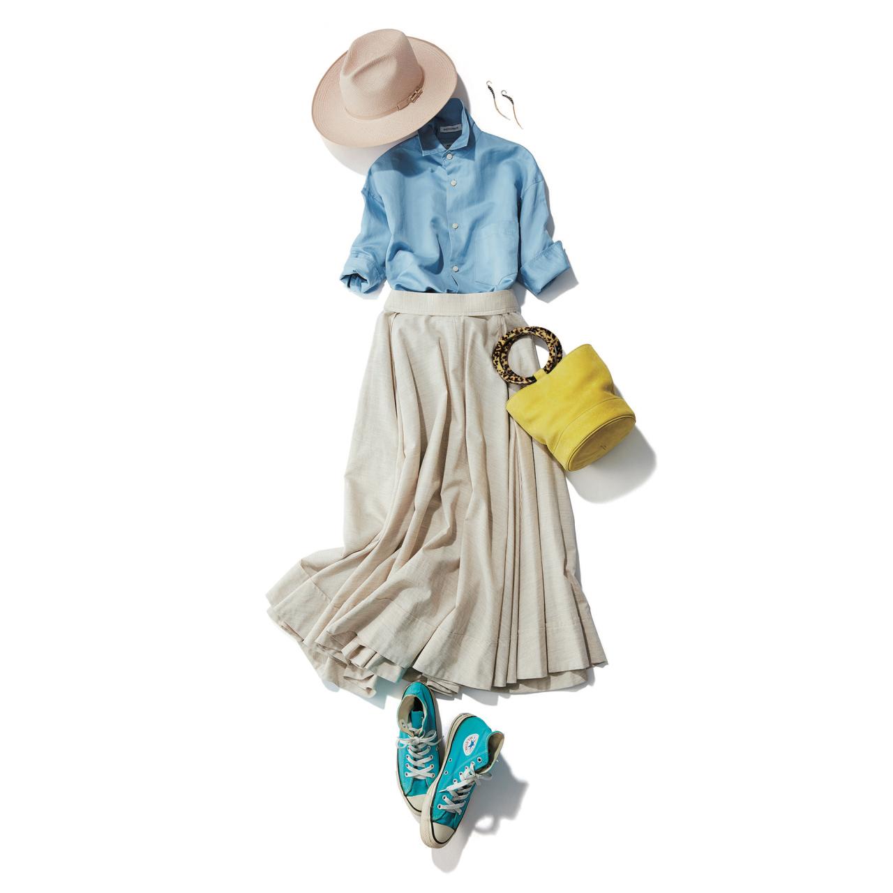 水色ニーカー×水色シャツ&スカートのファッションコーデ