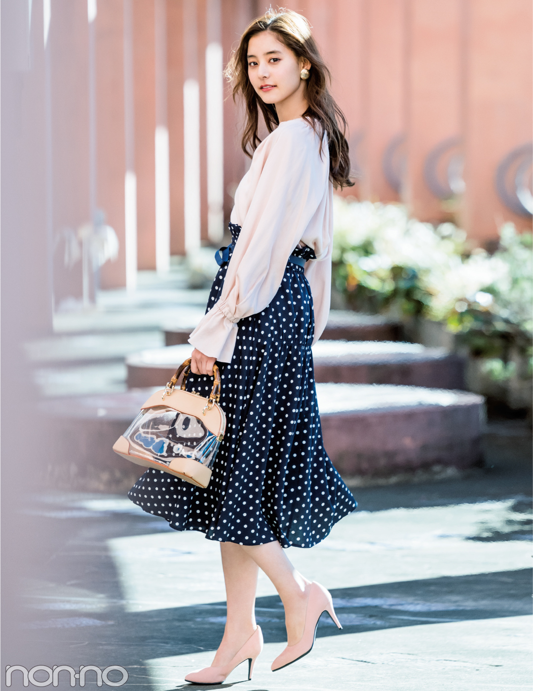 新木優子が着る★この春、盛れるのは水玉模様の揺れスカート!_1_1