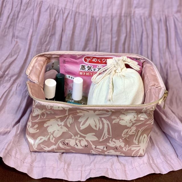 旅に連れて行きたい♪Marisol 5月号付録【MARIHA 】の大人ピンクなポーチ付き!_1_3-2