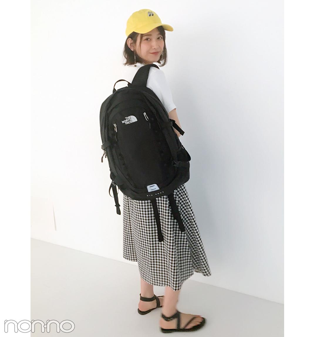 渡邉理佐は「黒リュック」をスカートコーデのアクセントに♡【毎日コーデ】_1_1