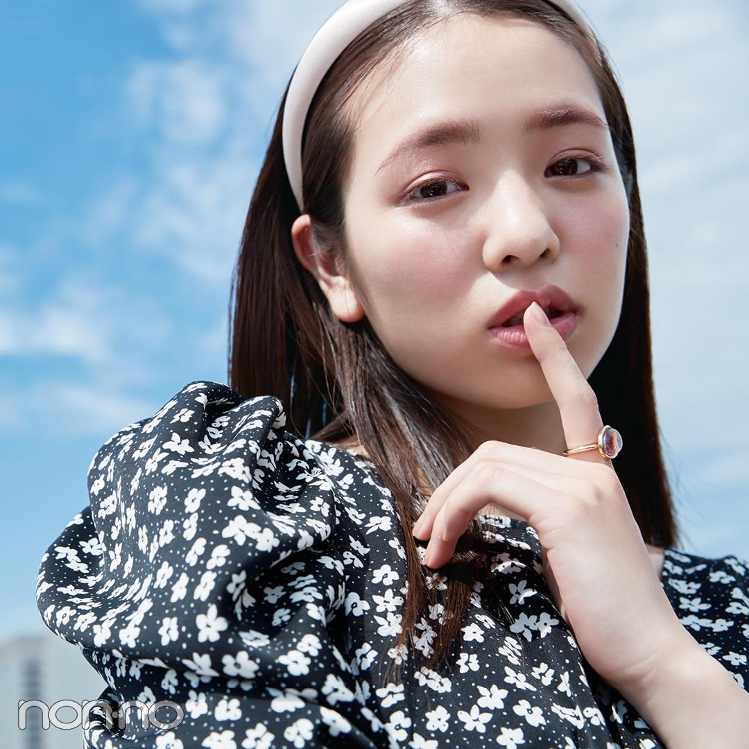 横田真悠の「好きな人に会う日のメイク」のカット1-1