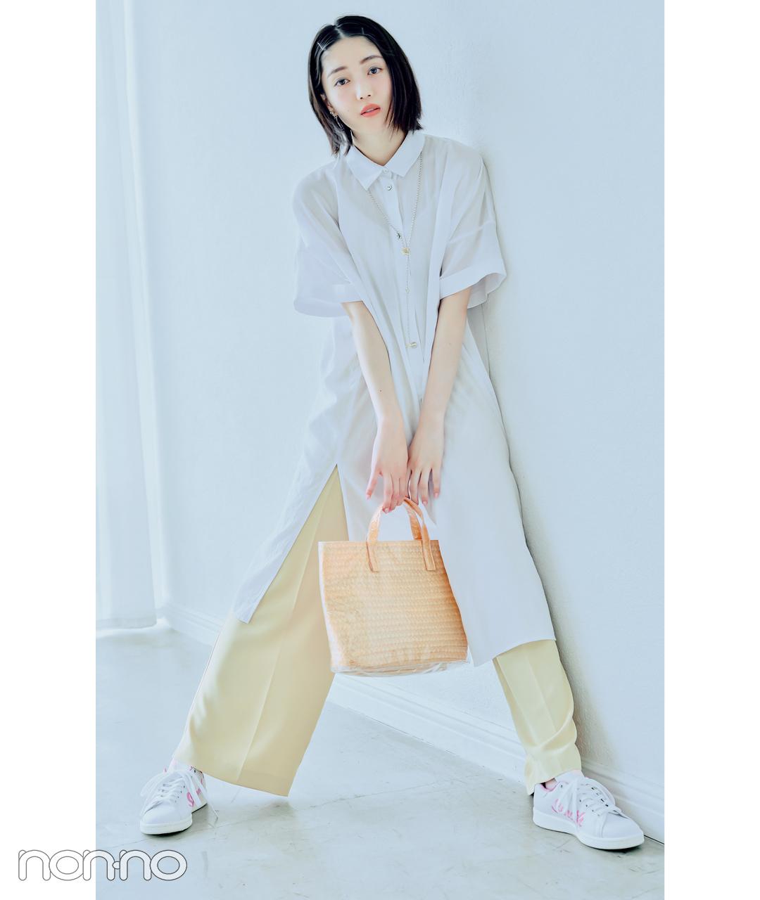 松川菜々花のアガるスニーカーモデルカット2-1