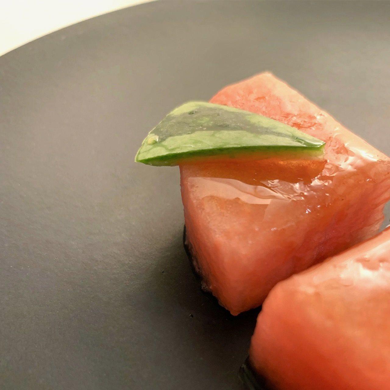 パーク ハイアット 京都「桃のデザートコース」イメージ例