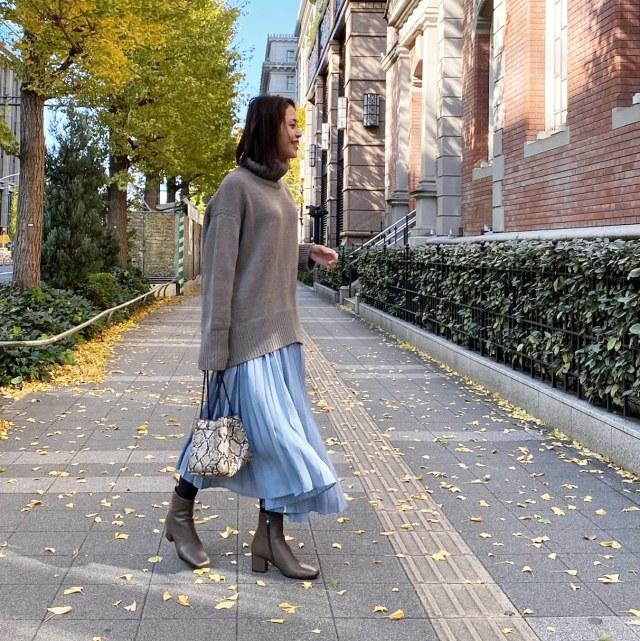 秋冬はニット×きれい色スカートで王道大人フェミニンコーデ♪_1_4-2