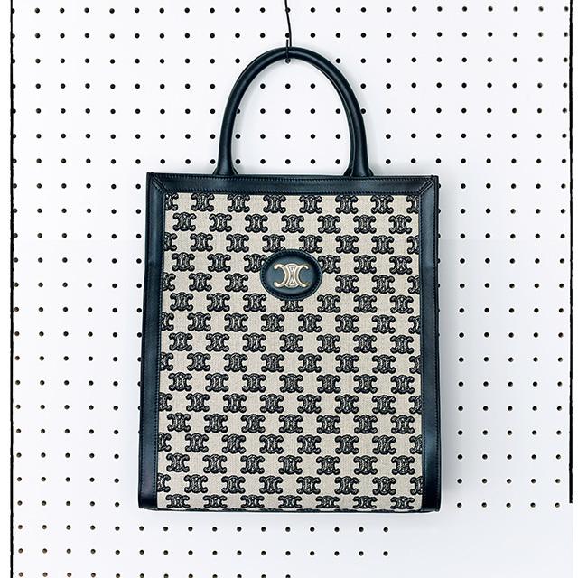 セリーヌのバッグ 「トリオンフ エンブロイダリー」