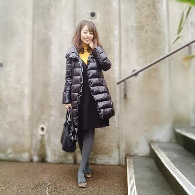 黒ダウンコートの中はグレーワントーンが、しっくりきます☆_1_3-1