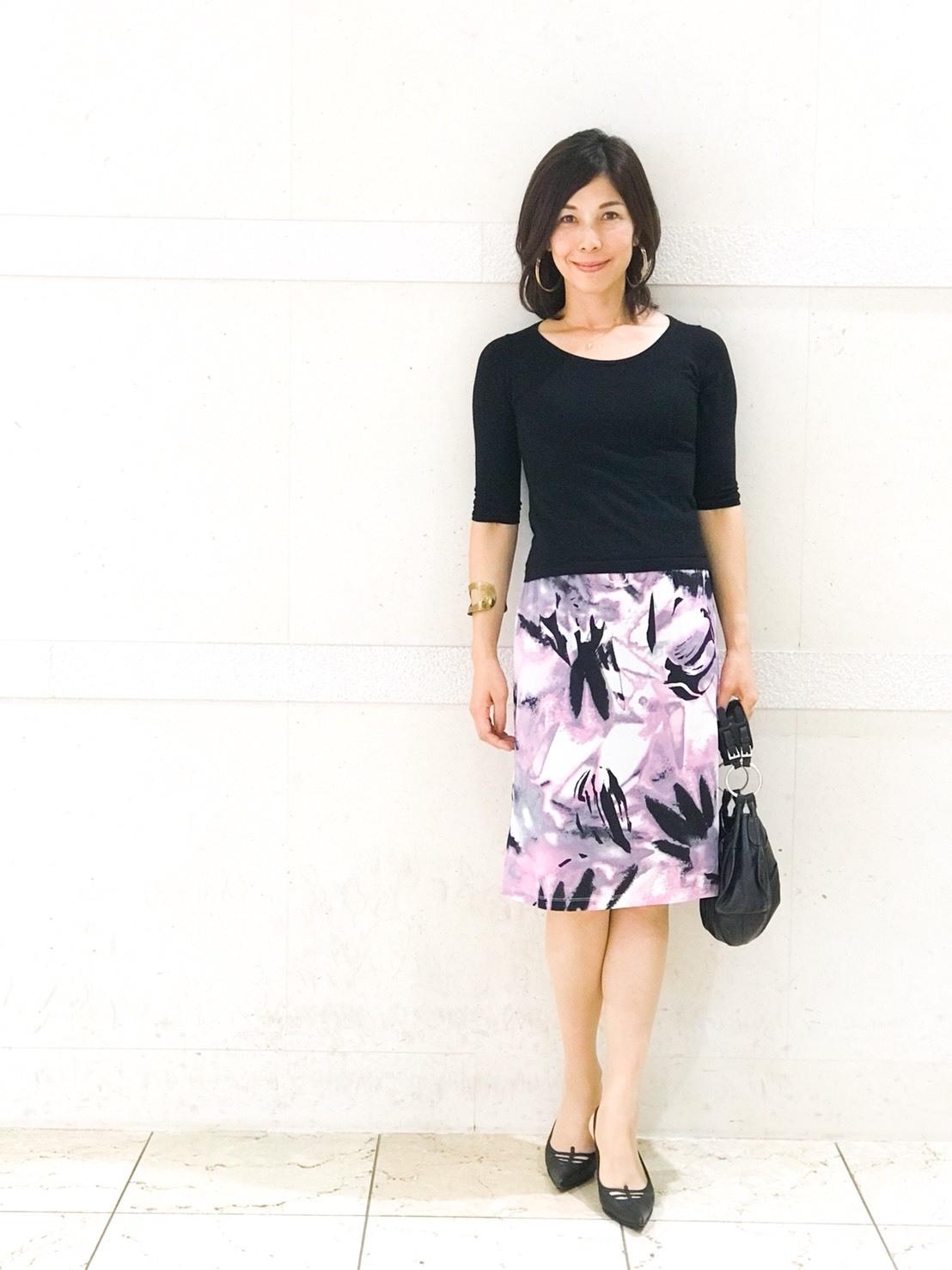 私の華出しコーデ、柄スカートが主役_1_2