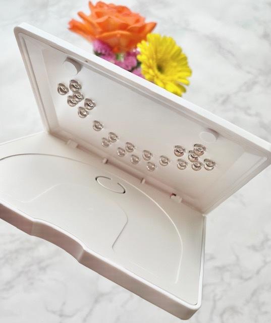自宅で簡単!最新機器で手軽にできる、ハンドケア&ジェルネイル。_1_5-2